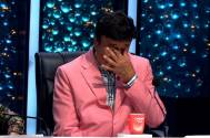 Anu Malik's tears roll down after Adriz's performance on the stage of Indian Idol Season 11
