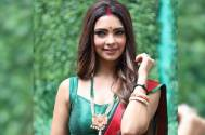 Pooja Banerjee Confirms 2nd Season of 'Only For Singles'!