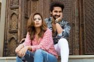 Fans photobomb Ravi Dubey and Sargun Mehta, what they did next is heart-winning