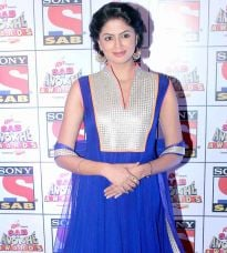 Kavita Kaushik on the red carpet at SAB Ke Anokhe Awards