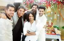 Gunjan Utreja, Hanif Hallal with Manish Paul and friends