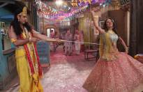 Hiba-Nikhil turn Radha-Krishna for Holi
