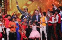 Superstars Amitabh Bachchan and Rishi Kapoor on the sets of DID Li'l Masters