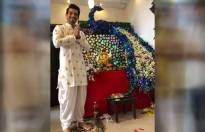 TV actors welcome bappa at home