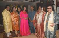 Bappi Lahiri hosted Lakshmi puja at his residence