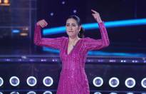Karisma Kapoors grooves with Judge Bosco Martis on Dance India Dance sets