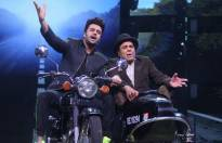 In pics: Maniesh Paul recreate Jai Veeru scene with Dharmendra on Li'l Champs
