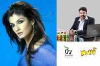 Raveena Tandon and Mr. Vinod Gaikwad General Manager Sales & Marketing- Greenways Foods & Beverages (D) Pvt Ltd.