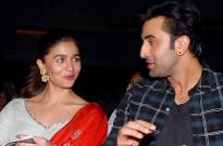What makes Alia Bhatt blush? Is it beau Ranbir Kapoor?