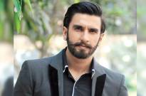 Ranveer Singh dances to Kala Chashma and Aankh Maarey at a wedding in Delhi; watch videos
