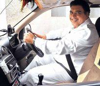 'Taxi driver' Ram Kapoor