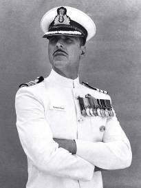 First look: Akshay Kumar as RUSTOM