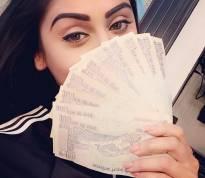 'Cash' Queen