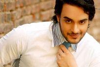 Angad Hasija (Aditya)