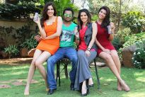 Sachiin Joshi poses with models Sonalli Sehgall, Sunny Leone and Archana Vijaya