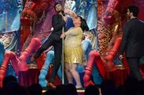 Ranveer Singh and Bharti's pole dance on Comedy Circus Ke Mahabali