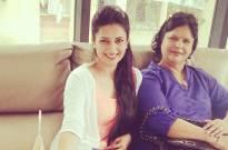 Divyanka Tripathi with mother