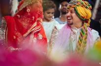 Here are some pictures of Mohena Kumari and Suyesh Rawat right from their WEDDING ALBUM!