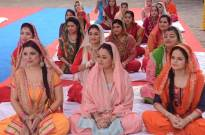 Residents to prepare langar for the Kirtan Programme organized in Gokuldham Society
