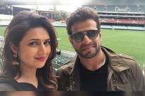 Divyanka Tripathi and Karan Patel's selfie shuts rumour mills up about their differences