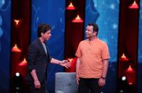 """""""We owe a debt to the villagers of our country"""", says Shah Rukh Khan"""