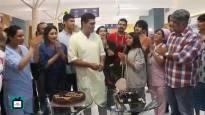 Mohnish Bahl aka Dr.Shashank's post-birthday celebration on the sets of Sanjivani 2