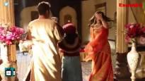 Aladdin On Sets   Yasmin-Aladdin share special moments