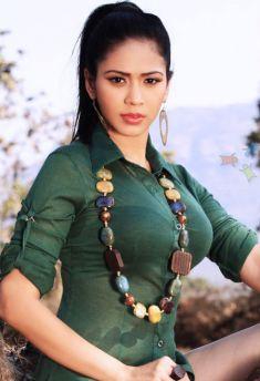 Firoza Khan