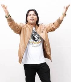 Tanveer-Hussain
