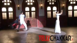 Swayam and Sharon's cool and sexy dance moves