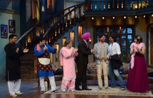 Arjun Rampal and Irrfan Khan with Comedy Nights with Kapil family
