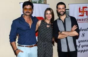 Manav Gohil with Shilpa and Apoorva Agnihotri