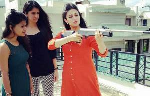 Divyanka Tripathi is a champ rifle shooter!
