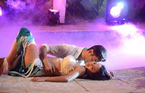 Keith-Rochelle's SIZZLING performance in Bigg Boss 9 finale