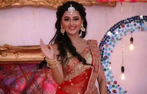 Tejaswi Prakash Wayangankar- This small screen bahu holds a degree in electronics and telecommunications engineering.