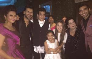 YHM team with Jeetendra and Shobha Kapoor