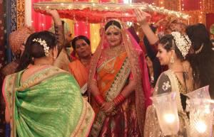 Anjali Anand (Dhhai Kilo Prem)