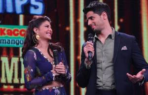 Sidharth Malhotra and Jacqueline Fernandez on Sa Re Ga Ma Pa Li'l Champs
