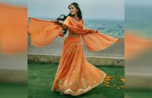 "Gautam & Pankhuri's ""Color me yellow"" moments"