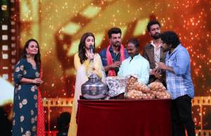 Jay Bhanushali turns Pani-puri wallah for Alia Bhatt on DID Li'l Masters