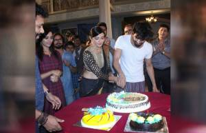 In pics: Aap Ke Aa Jane Se's 100 episodes completion party