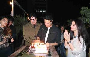 Khalid Siddiqui's birthday party was a rocking affair!