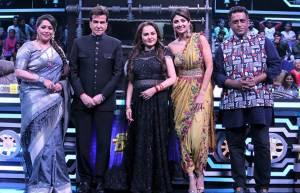 Jeetendra and Jaya Prada on the sets of Super Dancer Chapter 3