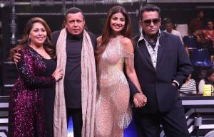 Mithun Chakraborty on  the sets of Super Dancer Chapter 3