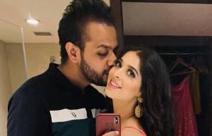 Garima Jain gets engaged to Raahul Gautam Sarraf