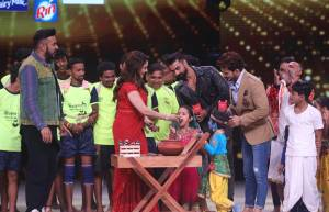 Janmashtmi Celebrations on Dance Deewane sets