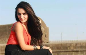 would like to get naughty with Shahid Kapoor: Tanya Sharma