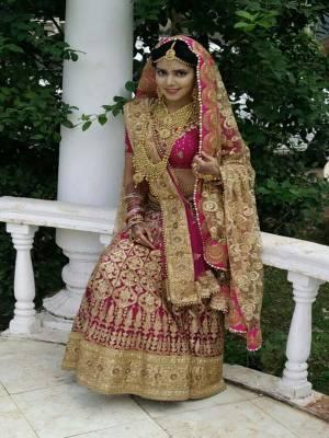 Checkout: Tara as the 'bride'