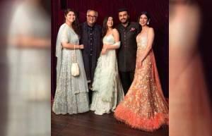 Arjun Kapoor, Janhvi Kapoor, Boney Kapoor, Khushi Kapoor