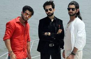 Who is HOTTEST Oberoi brother?